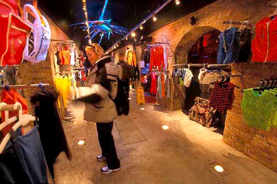 Cyberdog shop, Camden Lock