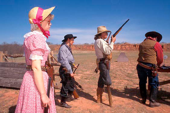 Cowboy shooting, Arcadia, Route 66