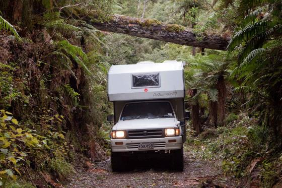 Travelling New Zealand with our beloved Toyota Hilux and Bimobil-cabin