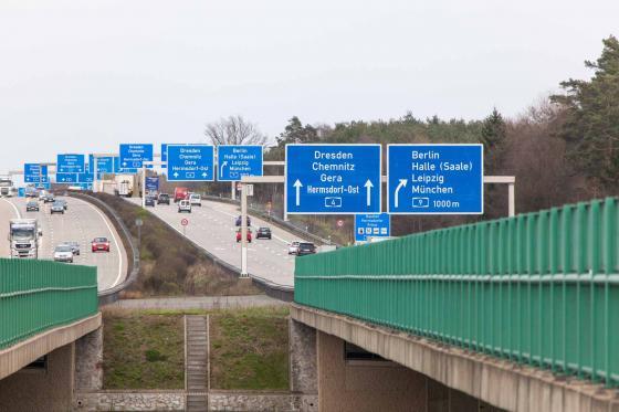Deutsche Autobahn Schilderwald