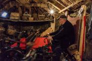 Weaving Harris Tweed, Gaerrannan Blackhouses